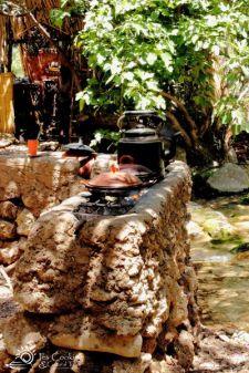 morocco-chefchaouen-park-tagine